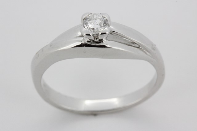 1 5 Ct Solitaire Engagement Ring In 18kt White Gold Haddad Jewelers